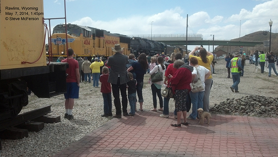A yellow painted 4014 in Rawlins, Wyoming in 2014